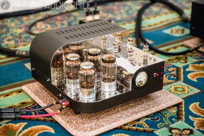 Classic-Loudspeaker-2035