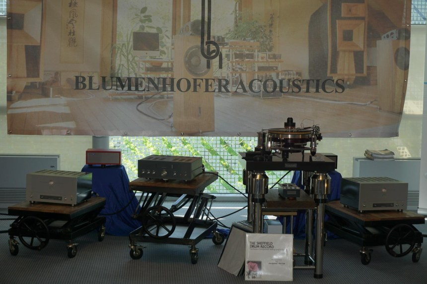 High-End-Blumenhofer-Air-Tight-03252
