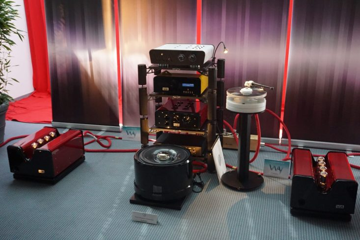 High End 2016: Wilson Benesch with Viva play lovely together | Part