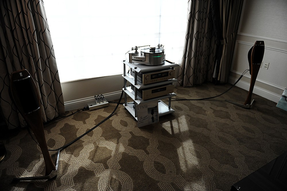 accuphase-lignea-1