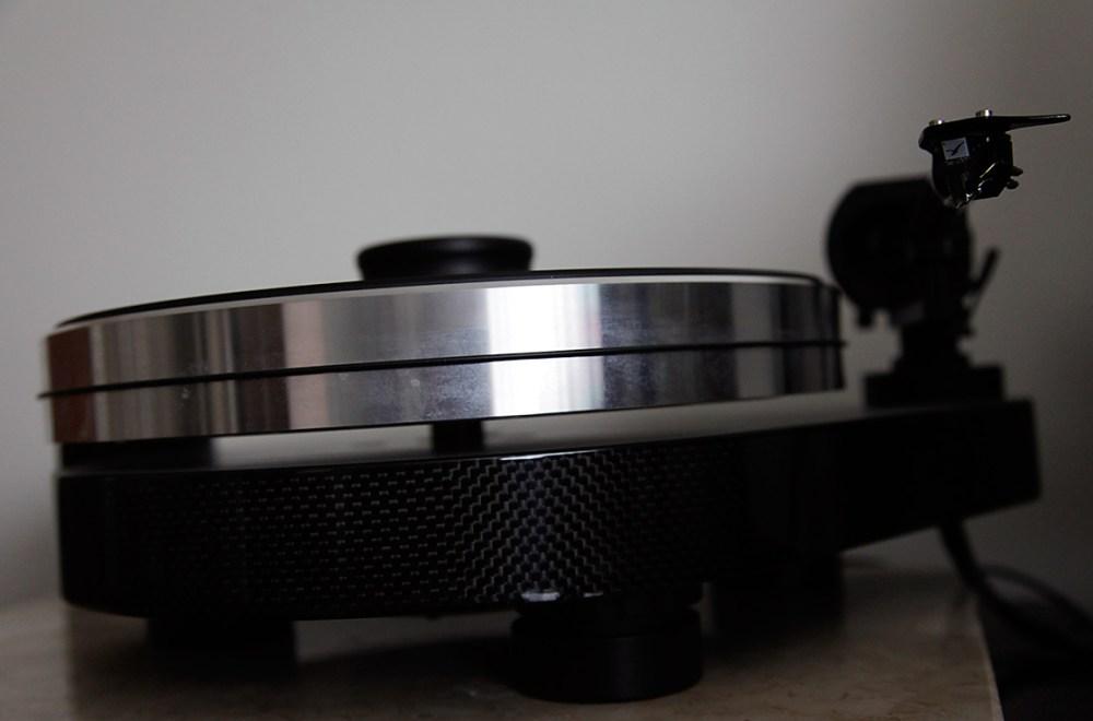 Pro-Ject-RPM9Carbon-6