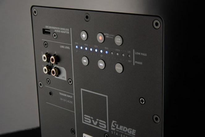 SVS-3000_series_amp_detail