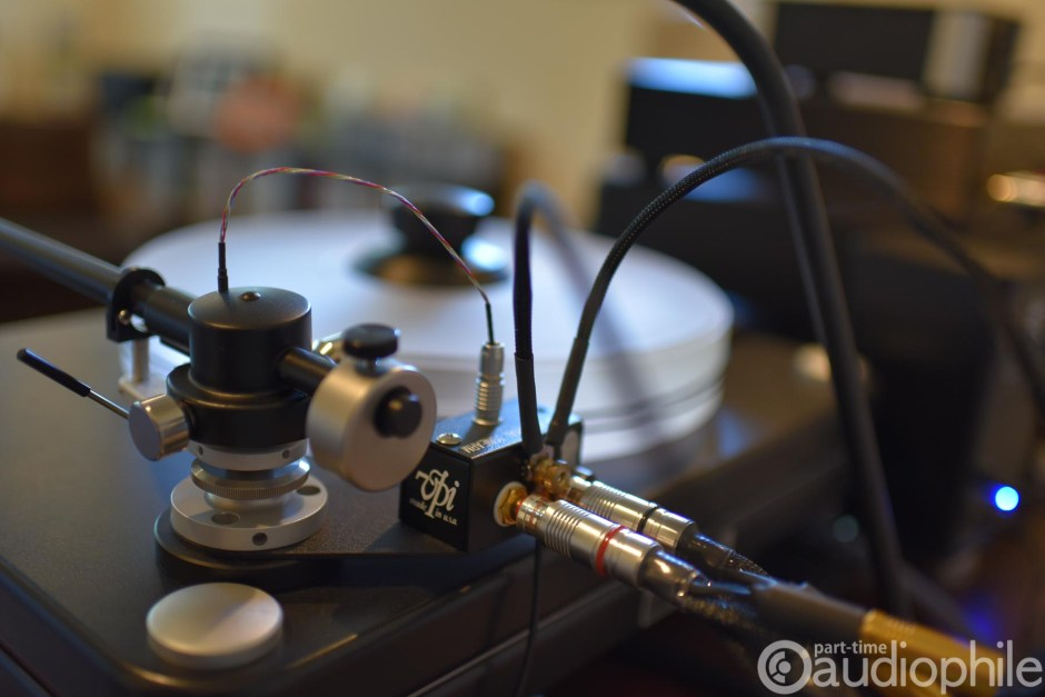 Synergistic Research Galileo SX Phono Cable on VPI tonearm