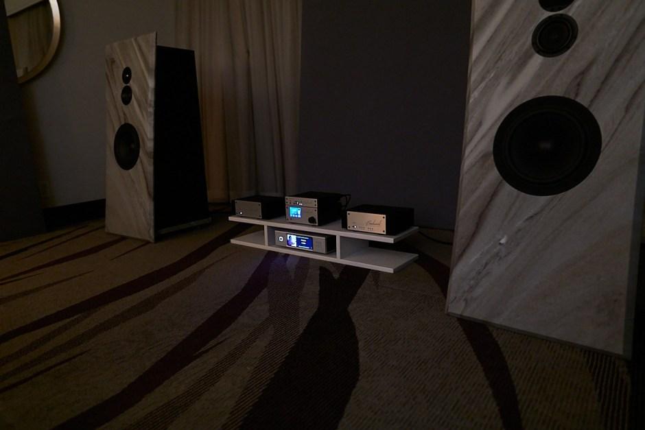 pietra speakers