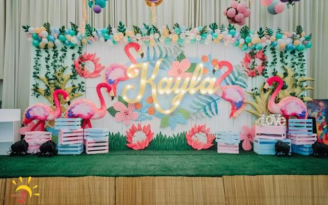 Kayla's Pink Flamingo Themed Party – 1st Birthday