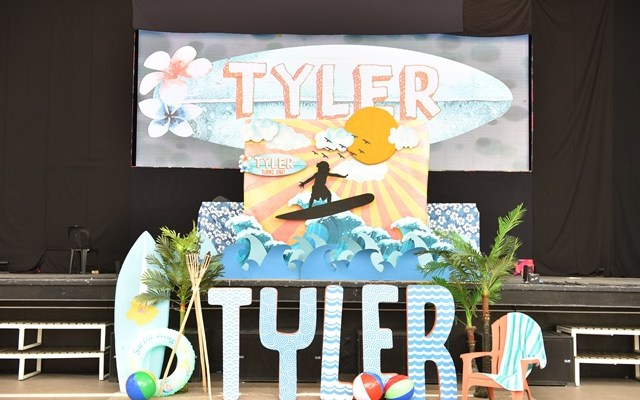 Tyler's Little Surfer Dude Themed Party – 1st Birthday