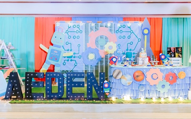 Aeden's Space Robot Themed Party – 1st Birthday
