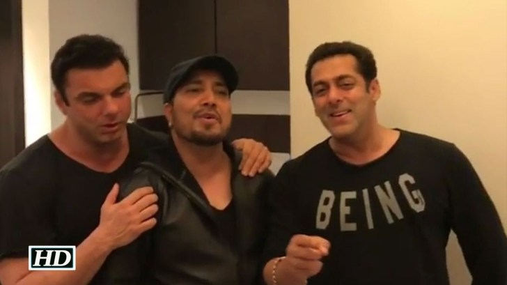 Crazy-Party-Salman-DEDICATES-Song-to-Brother-Sohail-Khan