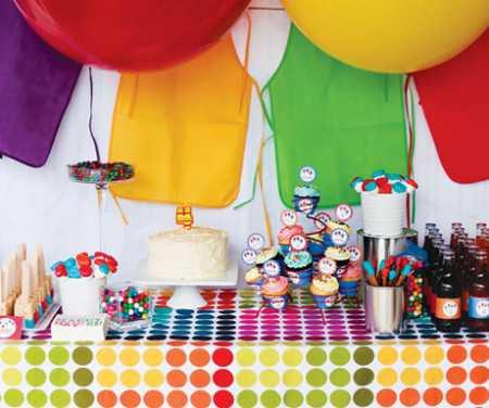 rainbowe-art-party-dessert-table