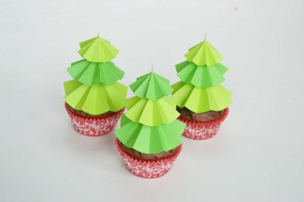Christmas-Tree-Cupcake-Toppers-Decor