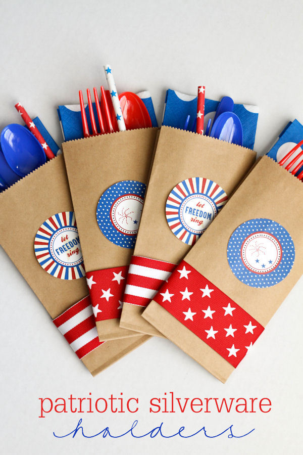 Fourth Of July Patritoc Plasticware Holders Party Ideas