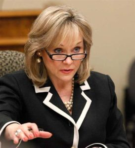 Mary Fallin, energy independent homeowners