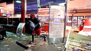 081114-National-St-Louis-Riots-After-Police-Shoot-Unarmed-Teen