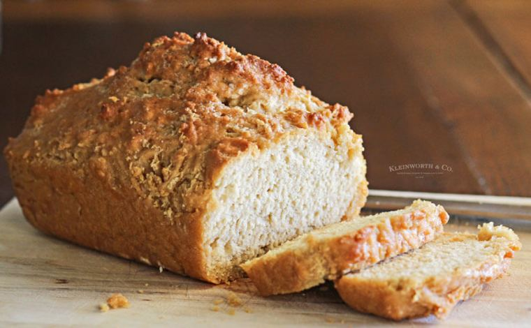 Kleinworth & Co. Beer Bread via partyofsarah.com