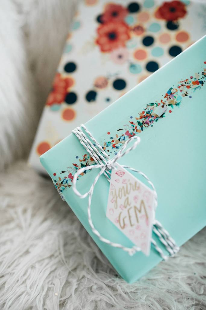 (Not Your Mother's) Holiday Wrapping Inspiration! via partyofsrah.com