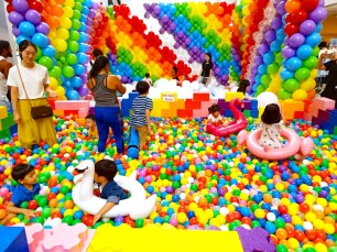 rainbow ball pit for hire singapore