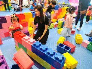 Mega Brick Building Area
