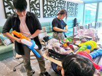 balloon sculpting artist for hire