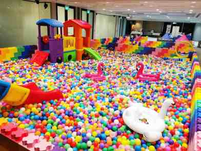 giant lego ball pit rental