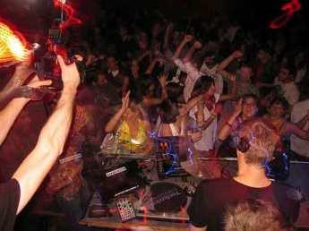2009.09-Gregor-Tresher-Tourtagebuch-Compression_LA_USA_1