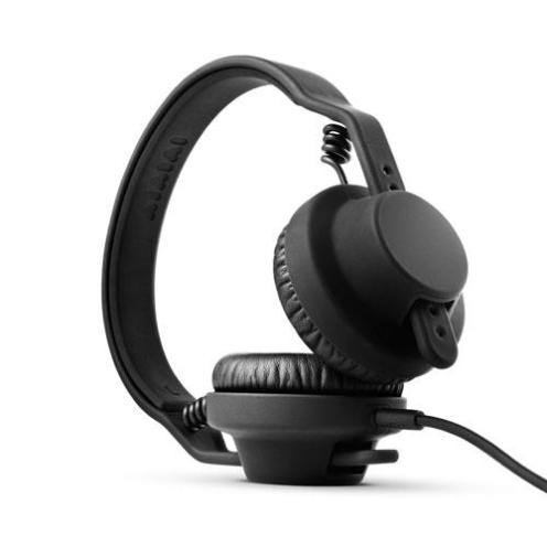 2010.11.11-aiaiai-tma-1-dj-headphones-2