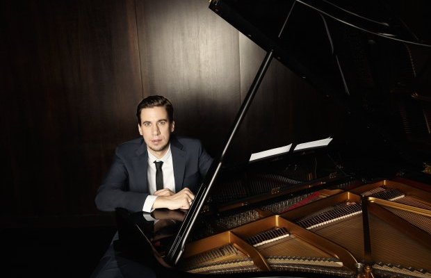 Persönlichkeit statt Namedropping. Interview Oliver Koletzki am Piano Berlin