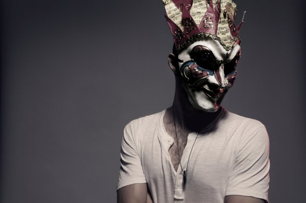 Boris Brechja: Mr. High-Tech-Minimal mit Maske