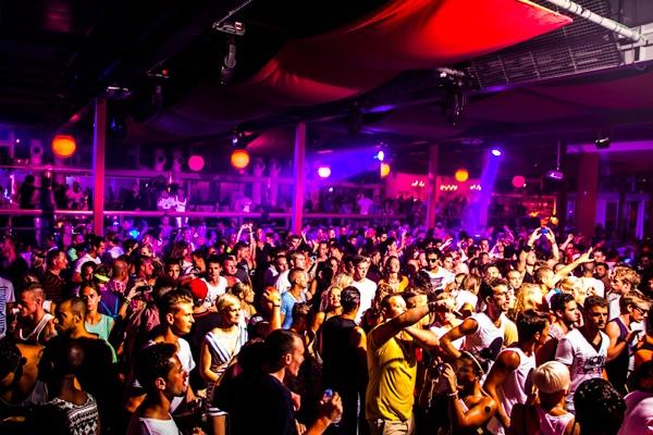 crowd-space-ibiza