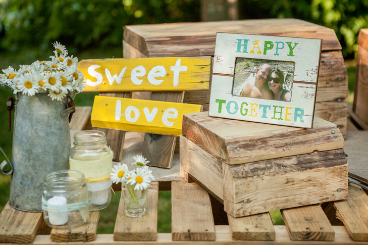 DIY rustic white daisy wedding ideas from the Knot