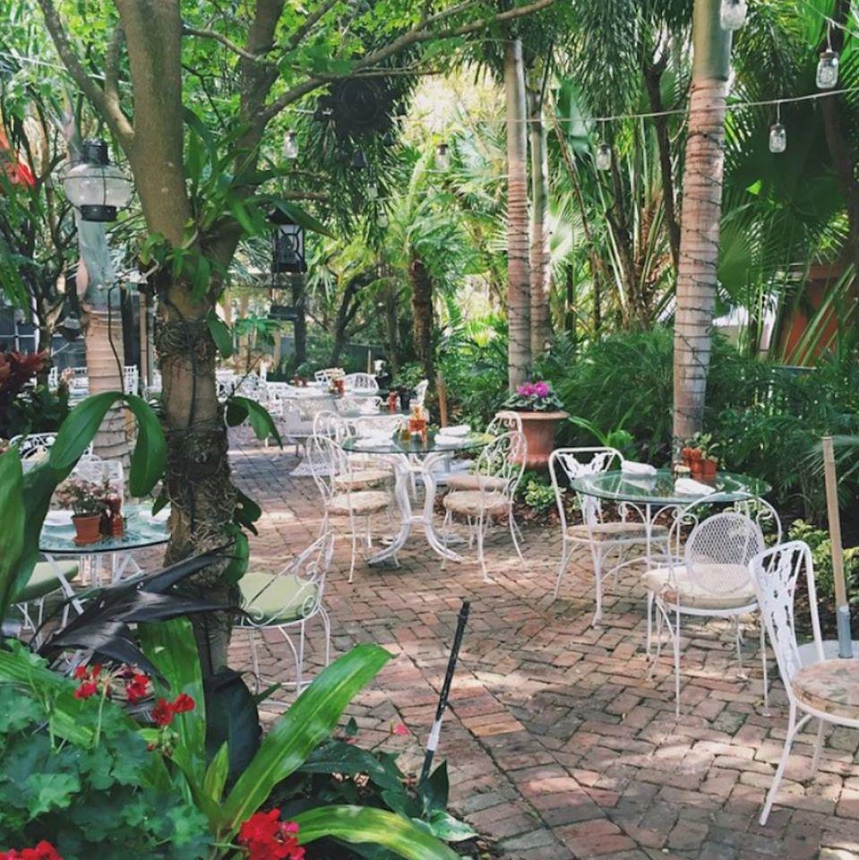 Peacock Garden Caf 233 Wedding Venue In South Florida Partyspace