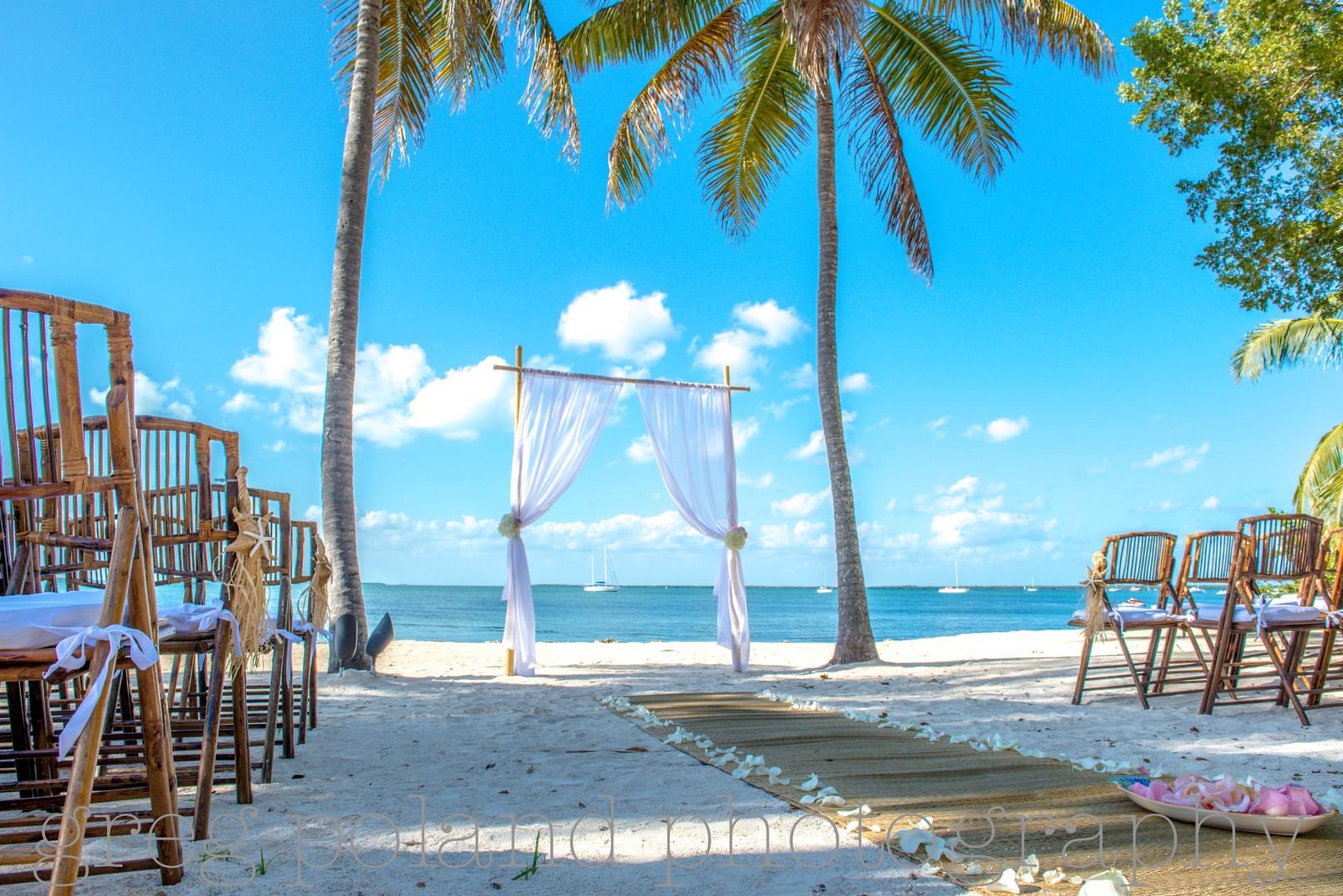 Key Largo Lighthouse Beach Weddings Wedding Venue In South Florida Partyspace