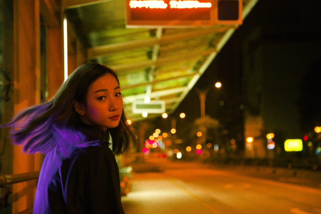 吳卓源化身淚海女王 為電影《盛情款待》再創話題