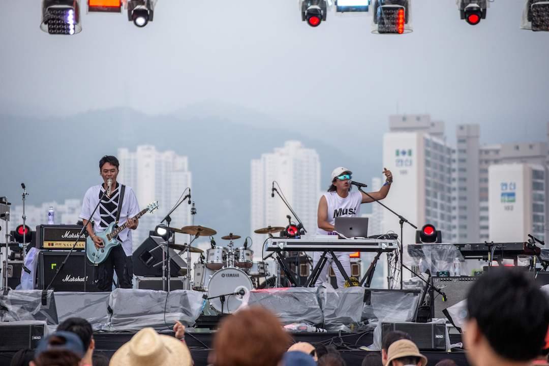 台客電力公司首登釜山國際搖滾音樂節  台式電音嗨翻韓國觀眾