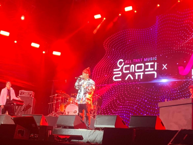 ØZI 赴韓國音樂節演出交流 秀韓文攻佔高麗妹的心