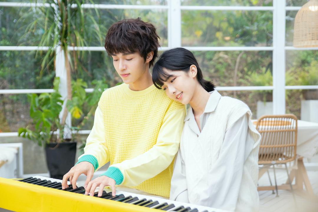石承鎬用歌聲唱出酸甜初戀 自爆表示喜歡周子瑜類型的女生