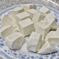 घर पर पनीर बनाने की विधि/ तरीका हिन्दी में Homemade Paneer Recipe/ Vidhi in Hindi