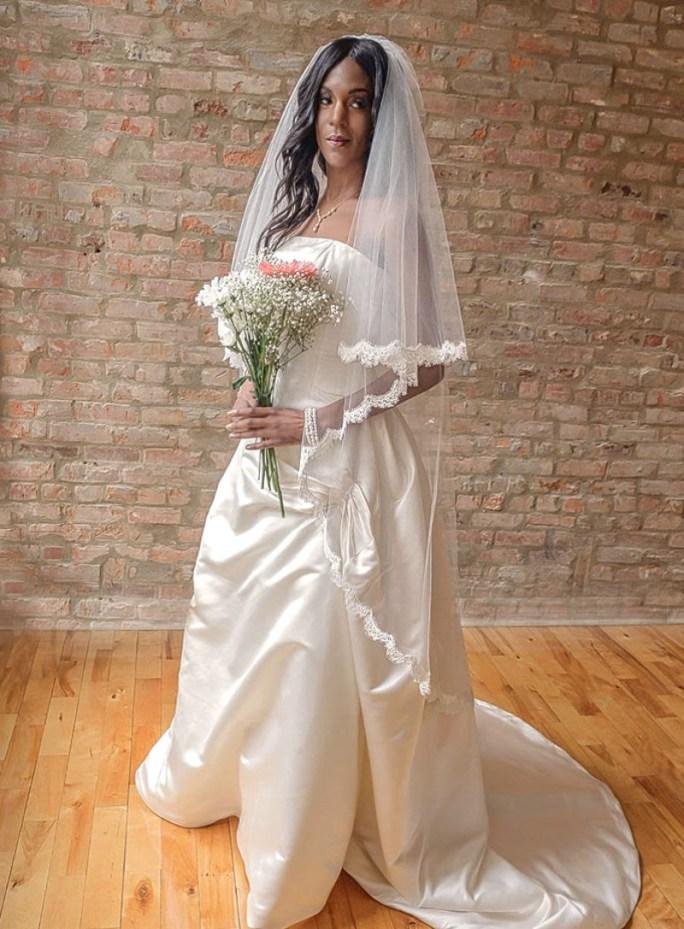 Juliette Two Tier Waltz Length Bridal Veil with French Alençon Lace Edge