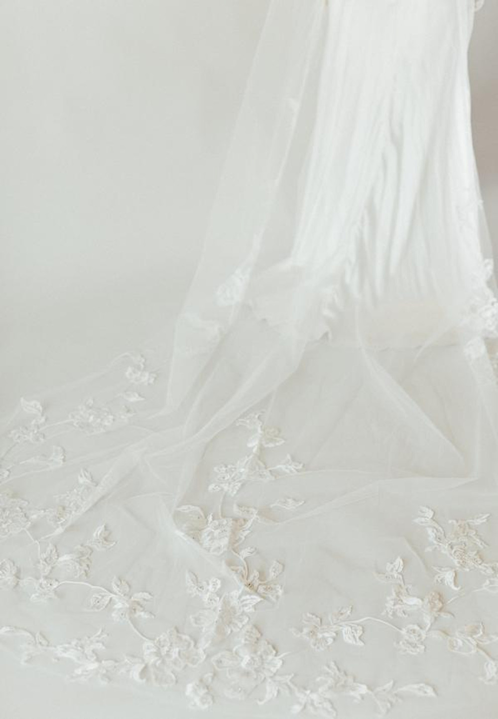 Francesca_Two-Tier Cathedral Bridal veil with Floral Embroidery
