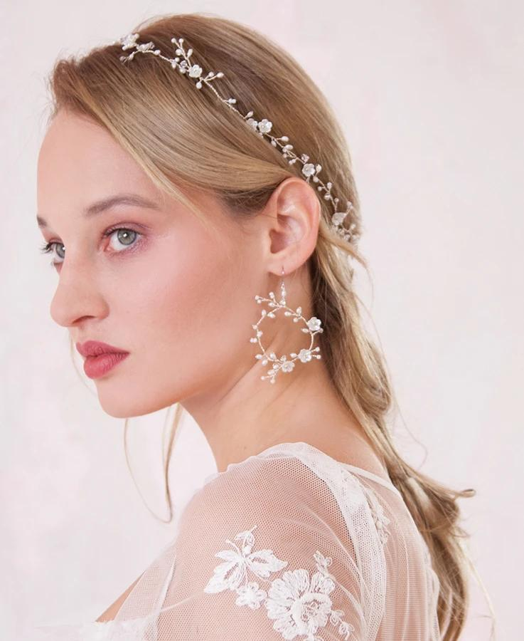 Tessa_freshwater pearls in a round vine bridal earrings