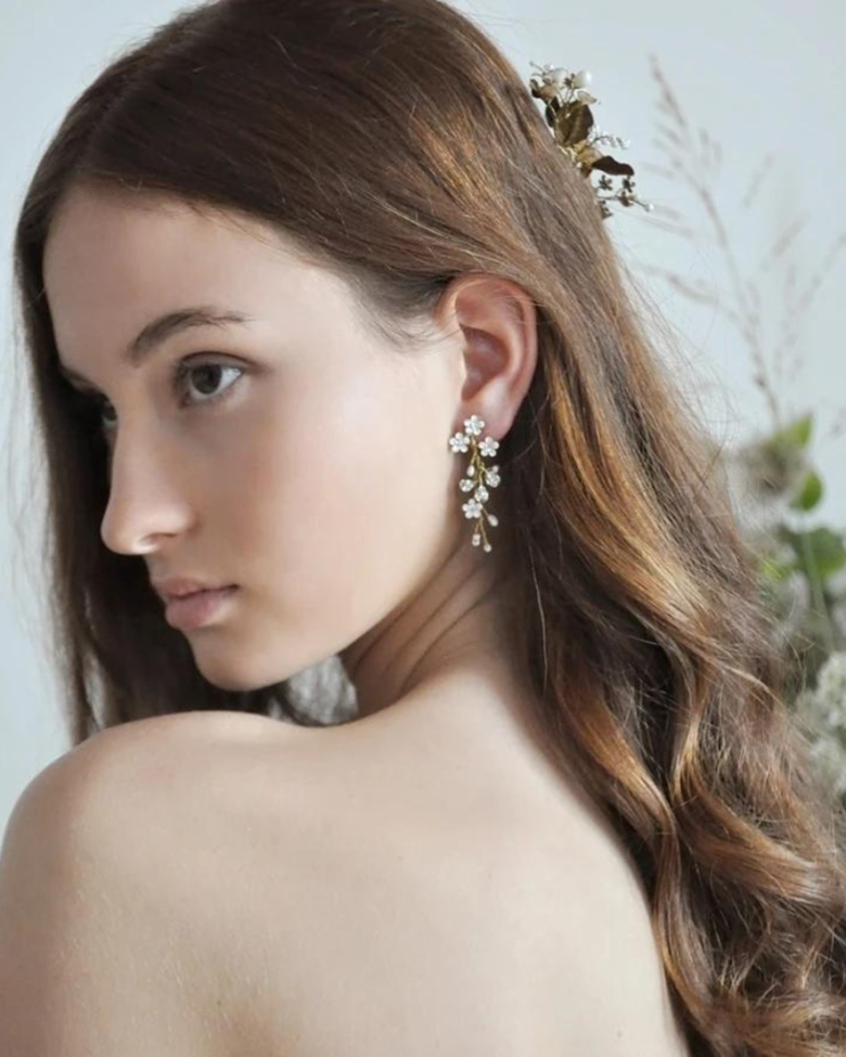 Elisabetta_White floral vine bridal earrings - Made with Enameled flowers, freshwater pearls and swarovski crystals