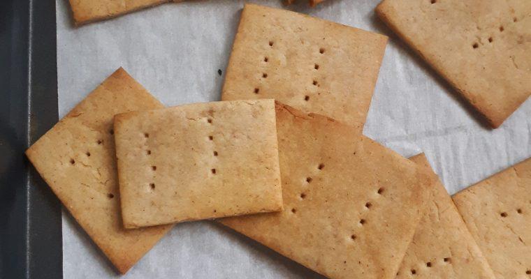 Homemade Sugar-free Honey Cinnamon Crackers