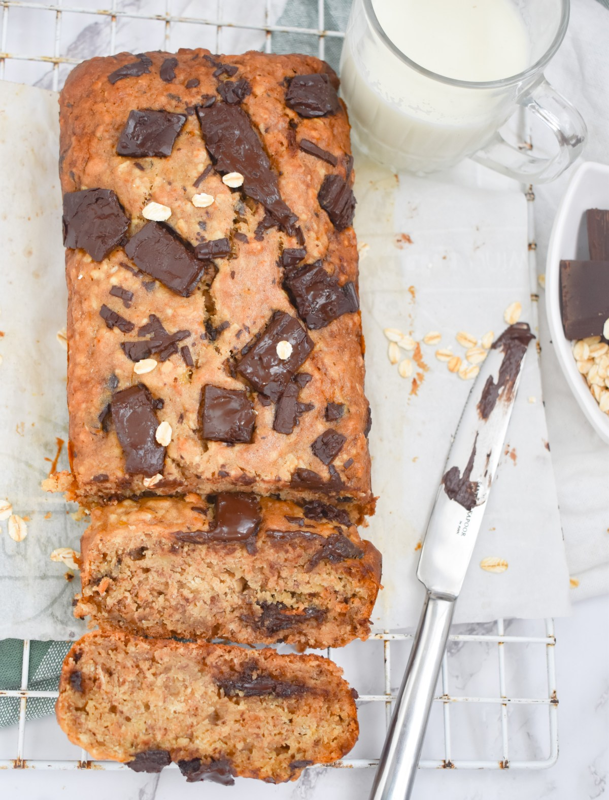 Healthy Chocolate Chunk Oatmeal Banana Bread - Parveenskitchen.com