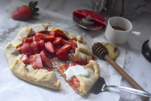 Strawberry Ginger Galette with Cheddar Cheese Crust - Parveenskitchen.com