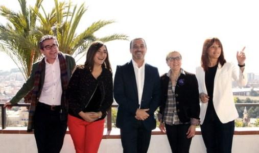 LOS 5 CANDIDATOS DE PRIMARIAS DEL PSC DE BARCELONA SE HACEN FOTO DE FAMILIA
