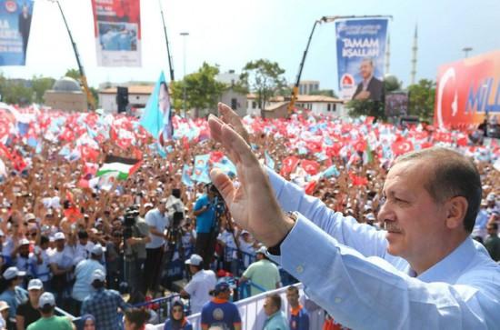 Recep-Tayyip-Erdogan-simpatiznates-Konya_LNCIMA20140809_0065_5