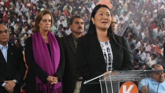 Keiko-Fujimori-elecciones-presidenciales-Peru_EDIIMA20151025_0337_4