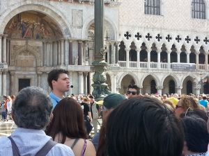 Hordas de turistas en Venecia
