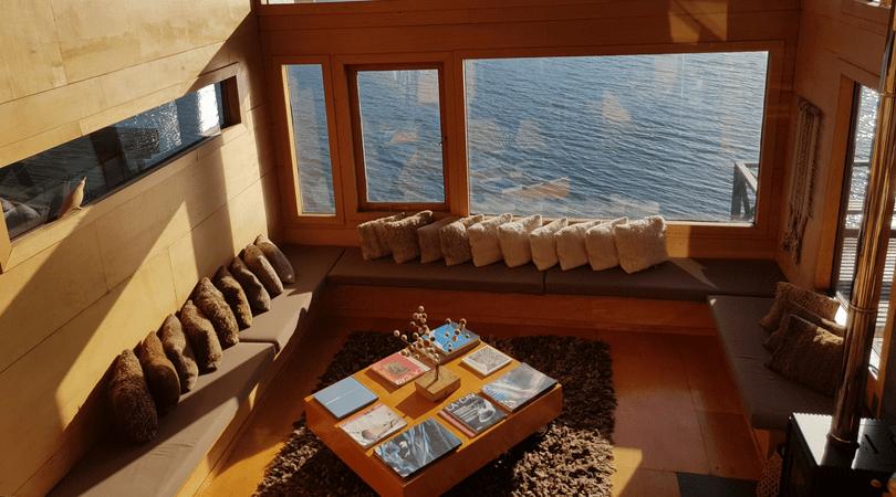 Los espacios comunes invitan a relajarse con las vistas