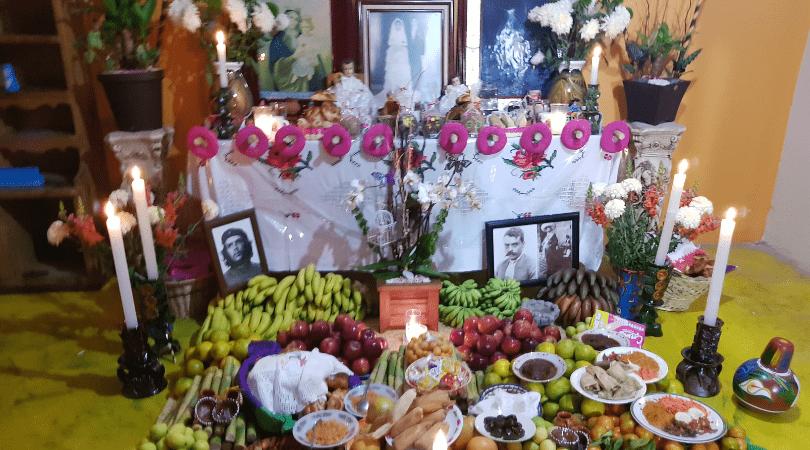Las ofrendas en las casas transmiten la calidez de esta celebración