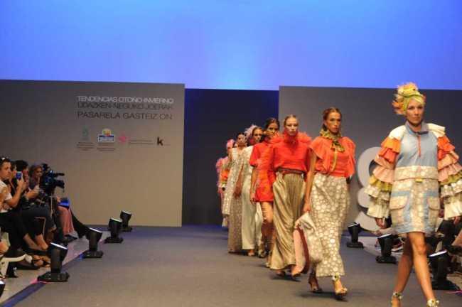 27º encuentro de nuevos creadores de moda 👠👗✂️